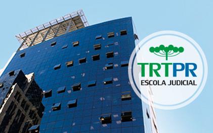 Imagem traz fachada do Edifício Rio Branco, sede do TRT-PR.