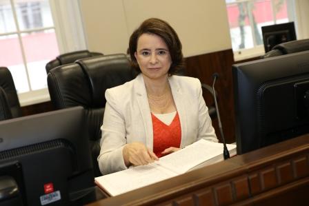 Desembargadora Thereza Cristina Gosdal