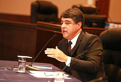 Professor Marthius Sávio Cavalcante Lobato