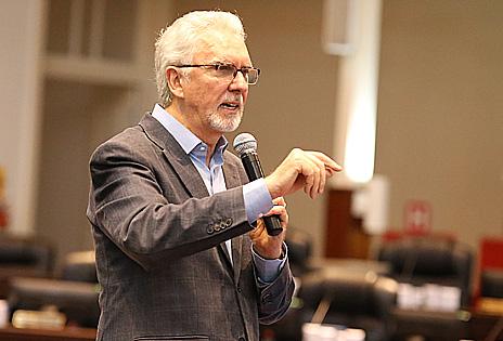 Consultor Eugênio Mussak