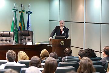 Professor Manoel Antonio Teixeira Filho