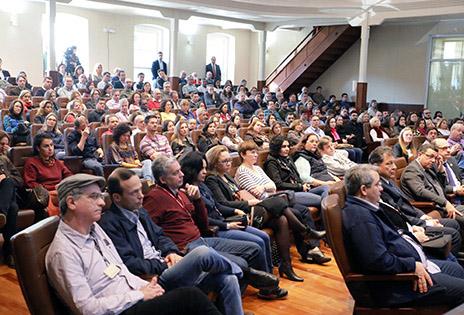 Foto participantes durante o evento
