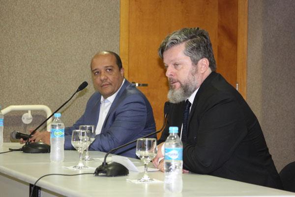 Professor Marcelo Alvo e juiz Marcus Aurélio Lopes